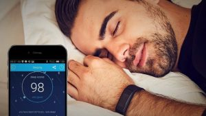 smartphone con aplicación de monitoreo de sueño
