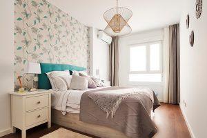 habitación con luz cálida